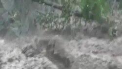 印度季風洪災導致近6百人喪生