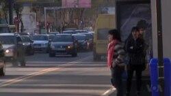 VOA英文视频:可携带空气净化器或可抗污染