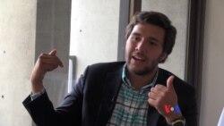 Alfredo Graffe conversa con la VOA