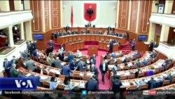 Protesta e opozitës, anullohet seanca e parlamentit
