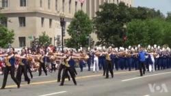 缅怀阵亡将士 华盛顿举行大游行