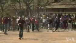 Manifestations sur des campus en Afrique du Sud contre la hausse des frais universitaires