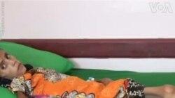 ԱՌԱՆՑ ՄԵԿՆԱԲԱՆՈՒԹՅԱՆ. Տասներկու տարեկան աղջիկը բուժօգնություն է ստանում Յեմենում