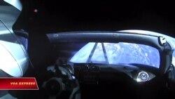 Xe điện Tesla được phóng vào vũ trụ