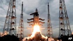د ٢٠١٩ کال د جولای په ٢٢ هند سپوږمۍ ته فضایي بېړۍ استولې وه