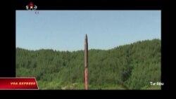Bắc Triều Tiên lại phóng thêm phi đạn đạn đạo xuyên lục địa