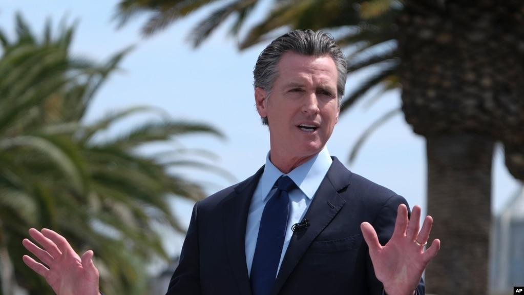 California Valisi Gavin Newsom