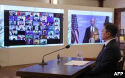 문재인 한국 대통령이 22일 온라인으로 개막한 기후정상회의에 참석했다.