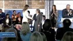 'Cesur Kadınlar' Ödüllerini Melania Trump'ın Elinden Aldı