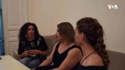 Transgender qadınlar blogerin cəzalandırılmasını tələb edir