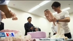 Japonya'da Eş Arayan Erkekler Ebeveynlik Dersleri Alıyor