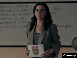"Imagen de la serie ""Oscuro Deseo"", de Netflix, en donde Maite Perroni interpreta al personaje Alma Solares."
