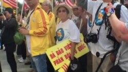 Đại sứ Việt Nam ở Mỹ trong 'vòng vây' của người biểu tình