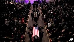 在巴尔的摩一座教堂举行的卡明斯葬礼。(2019年10月25日)
