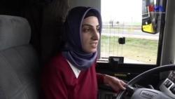 Diyarbakır'da Otobüs Direksiyonunda Kadınlar da Var