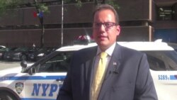 Polisi-Polisi yang Bertindak Heroik di AS - VOA untuk Buser SCTV