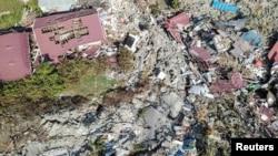 Kawasan Petobo pasca gempa bumi di Palu, Sulawesi Tengah, 2 Oktober 2018. (Foto: Antara Foto/Muhammad Adimaja/ via REUTERS).