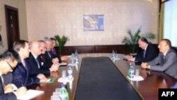 Azərbaycan prezidenti Naxçıvanda ATƏT-in Minsk qrupunun missiyası ilə görüşüb