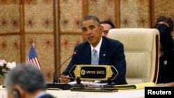 Tổng thống Hoa Kỳ Barack Obama cam kết dùng pháp lệnh để quyết định về vấn đề di trú trước cuối năm nay.