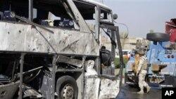 بغداد میں بم دھماکے کا نشانہ بننے والی زائرین کی بس