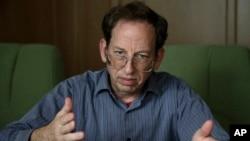 지난달 1일 북한에 억류 중인 미국인 3명 중 한 명인 제프리 에드워드 파울 씨가 외신과 인터뷰하고 있다.