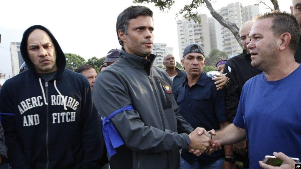 Ordenan captura de Leopoldo López en Venezuela