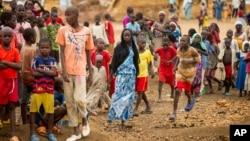 Des réfugiés dans le camp de réfugiés de Minawao, dans le nord du Cameroun, 18 avril 2016.