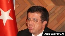 """Ekonomi Bakanı Nihat Zeybekci, """"Sayın Bakan Çağlayan'ın Türkiye'nin çıkarları aleyhine hiçbir işlemi olmamıştır"""" dedi"""