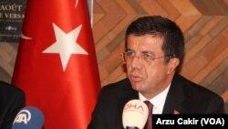 Menteri Ekonomi Turki, Nihat Zeybekci di Paris, 25 November 2016. (Foto: dok).