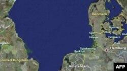 Përplaset një anije mallrash me një traget pasagjerësh në Hollandë