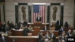 지난 주 재정절벽을 막기 위한 법안에 투표하고 있는 미 하원.