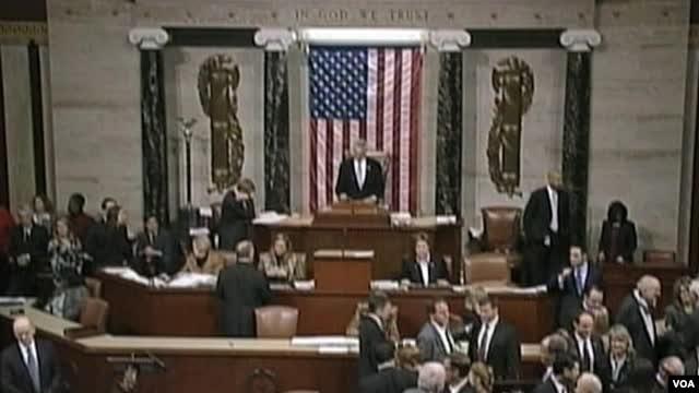 Predstavnički dom glasao je o izbegavanju fiskalne provalije 1. januara 2013.