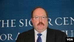 國際評估與戰略中心資深研究員理查德費舍爾