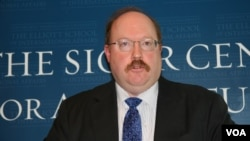 國際評估和戰略中心理查德費舍爾