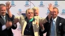 2012-07-11 美國之音視頻新聞: 老牌英國演員彼得奧圖宣佈息影