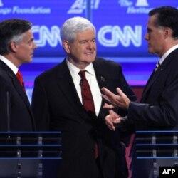 Prezidentlikka da'vogar respublikachilar - chapdan, Jon Xantsman, Nyut Gingrich va Mitt Romni