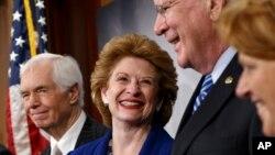 Los senadores del Comité para la Agricultura celebraron finalmente aprobar una medida bipartidista, luego de años sin lograr un acuerdo.
