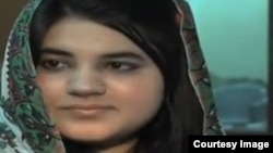 Zeenat Bibi, 16 ans, brûlée vive par sa famille le 8 juin 2016 à Lahore au Pakistan.