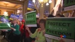 2015-04-01 美國之音視頻新聞:印第安納州法律爭議與宗教自由概念
