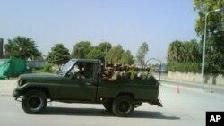 اکتوبر 2009ء میں جی ایچ کیو پر حملے میں فوج کے ایک بریگیڈیئر سمیت 14 افراد ہلاک جب کہ نو دہشت گرد مارے گئے تھے۔