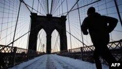 U Njujorku je palo 23 centimetra snega