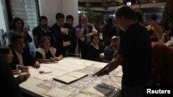 墨西哥選舉官員開始重新清點部份選票