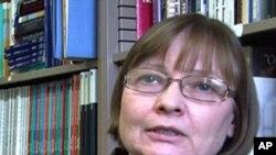 University of Arizona Government and Public Policy Professor Barbara Norrander