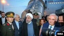 حسن روحانی رییس جمهوری ایران برای شرکت در نشست سران سازمان همکاری اسلامی وارد استانبول ترکیه شد