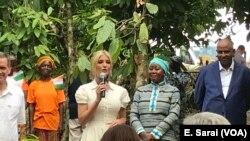 Ivanka Trump mengumumkan investasi untuk pemberdayaan perempuan pada industri cokelat di Pantai Gading, 17 April 2019.