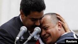 Nicolás Maduro y Diosdado Cabello los dos más fuertes aliados del presidente Chávez en Venezuela.