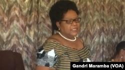 Vakafanobata chigaro chemutungamiri weNational People's Party, Amai Joice Mujuru -