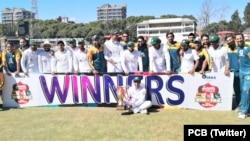 پاکستان نے زمبابوے کو دوسرے ٹیسٹ میچ میں بھی شکست دے کر سیریز اپنے نام کر لی ہے۔