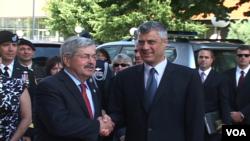 Terry Branstad dhe Hashim Thaçi