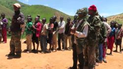 Dix civils tués par des miliciens malgré des opérations en cours